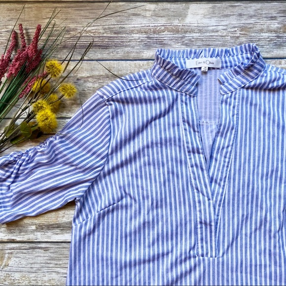9c11759815266 Eden   Olivia Tops - EDEN   OLIVIA Blue   White Half Sleeve ...